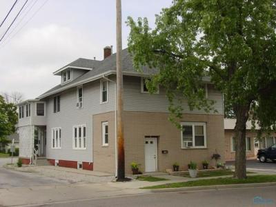 Multi Family Home For Sale: 115 E Bryan Street