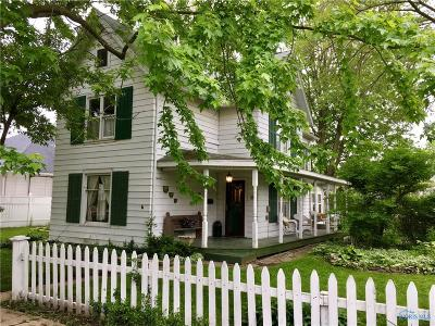 Waterville Single Family Home Contingent: 109 N River Road