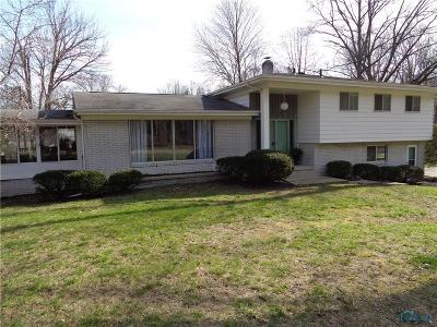 Toledo OH Single Family Home For Sale: $239,900