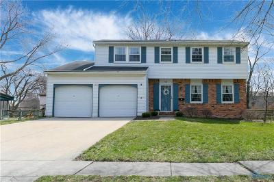 Maumee Single Family Home Contingent: 538 Cambridge Park S