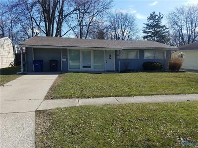 Perrysburg Single Family Home Contingent: 975 Lones Drive
