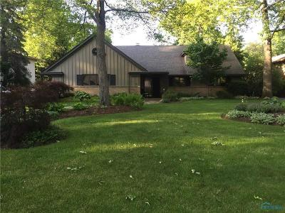 Toledo Single Family Home For Sale: 3452 Chapel Drive