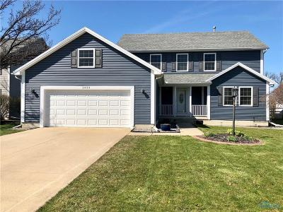 Perrysburg Single Family Home For Sale: 2433 Coe Court