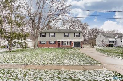Perrysburg Single Family Home For Sale: 971 Locust Street