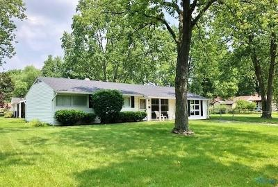 Toledo Single Family Home For Sale: 3036 Wyndale Road