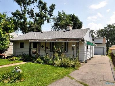 Toledo Single Family Home For Sale: 238 E Northgate Parkway