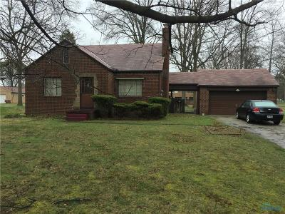 Toledo Single Family Home For Sale: 1905 Cass Road
