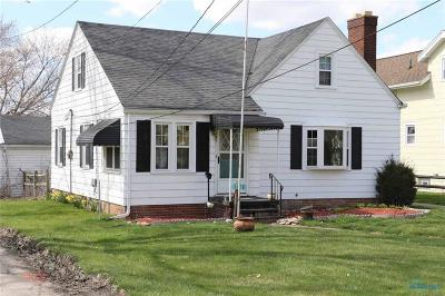 Rossford Single Family Home For Sale: 1102 N Dixie Highway