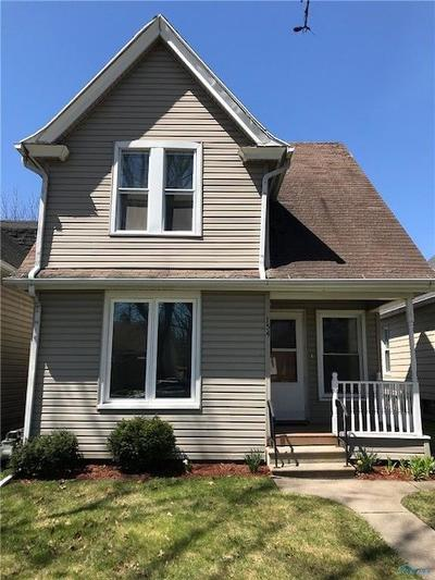 Rossford Single Family Home For Sale: 154 Elm Street