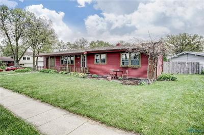 Maumee Single Family Home For Sale: 808 Village Trail Road