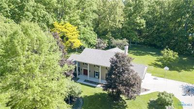Maumee Single Family Home For Sale: 3341 Marchester Drive