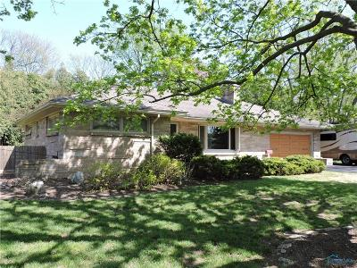 Toledo OH Single Family Home For Sale: $169,000