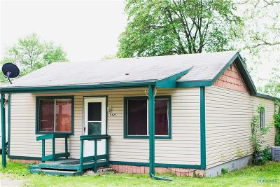 Sylvania Single Family Home For Sale: 5425 Grey Drive