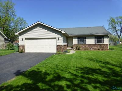 Maumee Single Family Home Contingent: 4431 Margrete Drive