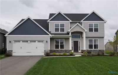 Perrysburg Single Family Home For Sale: 14861 Saddle Horn Drive