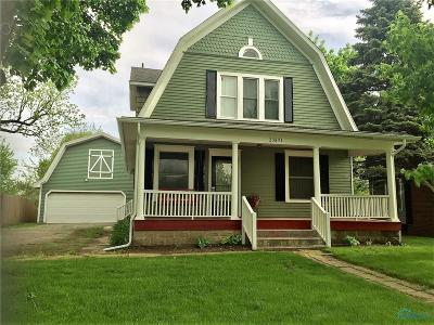 Grand Rapids Single Family Home For Sale: 23891 W River Road (Front Street)