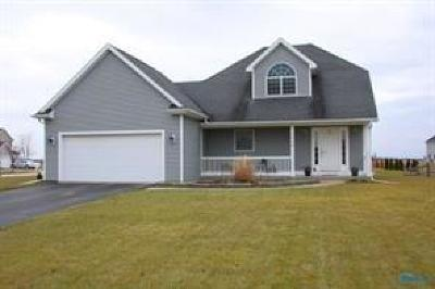 Perrysburg Single Family Home Contingent: 1954 Horseshoe Bend Drive