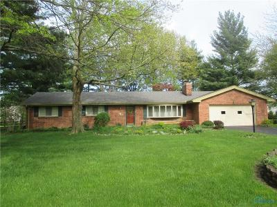 Sylvania Single Family Home For Sale: 6040 Winding Way