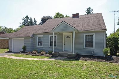 Maumee Single Family Home Contingent: 733 W Carisbrook Drive