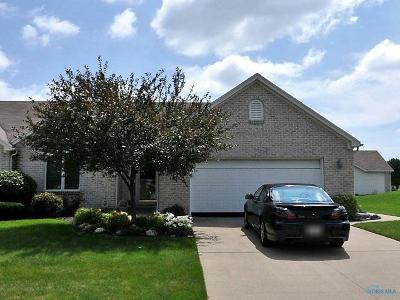 Maumee Condo/Townhouse For Sale: 4407 W Clearwater Drive