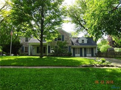 Toledo OH Single Family Home For Sale: $146,900