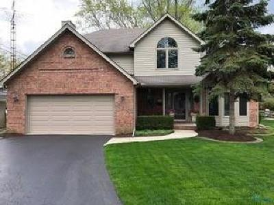 Perrysburg Single Family Home For Sale: 1023 Pine Street
