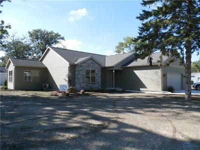 Maumee Single Family Home Contingent: 4450 May Drive
