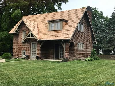 Perrysburg Single Family Home For Sale: 29803 Sussex Road