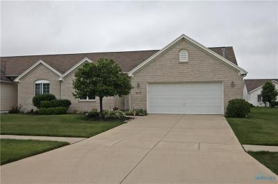 Perrysburg Condo/Townhouse For Sale: 26375 E Wexford Drive