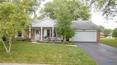 Sylvania Single Family Home Contingent: 6042 Wakefield Drive