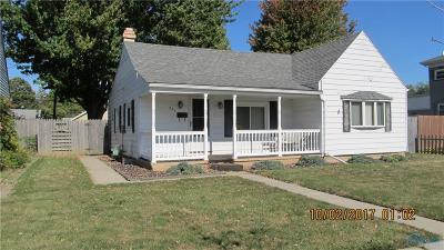 Maumee Single Family Home For Sale: 221 Clinton Street