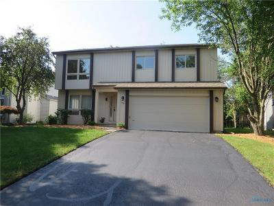 Maumee OH Single Family Home For Sale: $214,900