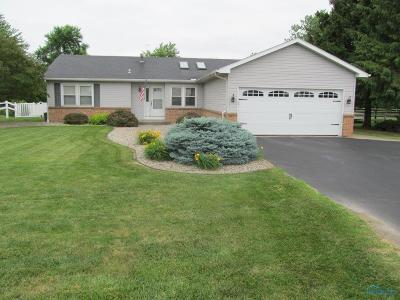 Rossford Single Family Home For Sale: 715 Glenwood Road