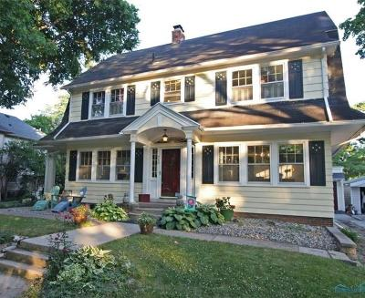 Perrysburg Single Family Home For Sale: 240 E Second Street