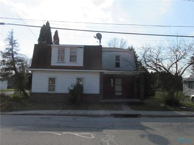 Neapolis OH Single Family Home For Sale: $39,900