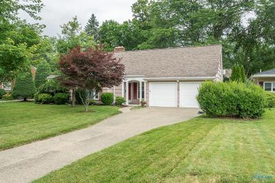 Ottawa Hills, Monclova, Oregon, Rossford, Swanton, Berkey, Metamora, Lyons, Whitehouse, Waterville Single Family Home Contingent: 3360 Indian Road