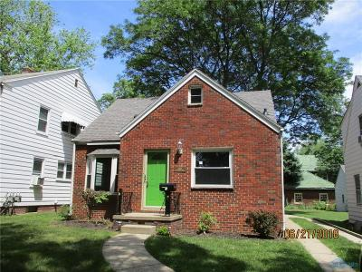 Single Family Home For Sale: 3410 Wyckliffe Parkway