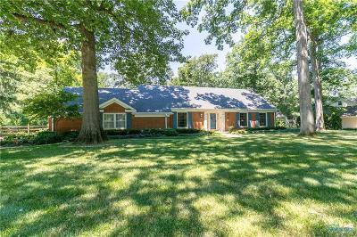 Perrysburg Single Family Home For Sale: 108 Secor Woods Lane