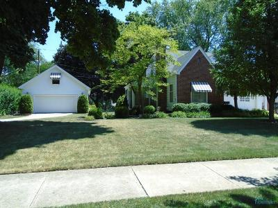 Toledo Single Family Home For Sale: 3703 Beverly Drive
