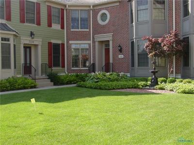 Perrysburg Condo/Townhouse For Sale: 5136 Bostwick Road
