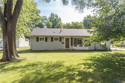 Perrysburg Single Family Home For Sale: 941 Cherry Street