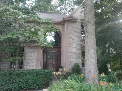 Toledo Single Family Home For Sale: 2615 Liverpool Court