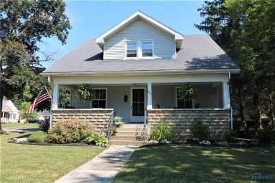 Waterville Single Family Home Contingent: 922 Farnsworth Road