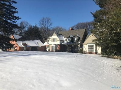Toledo Single Family Home Contingent: 5275 Cambrian Road