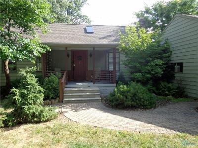 Toledo OH Single Family Home For Sale: $92,800
