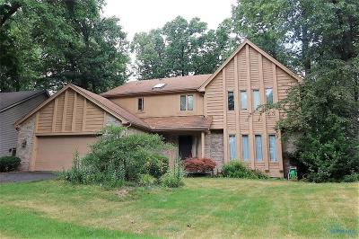 Toledo Single Family Home For Sale: 7004 Cloister Road