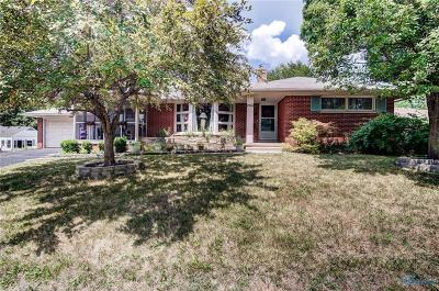 Maumee Single Family Home For Sale: 2703 Riverview Drive