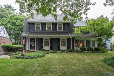 Ottawa Hills, Monclova, Oregon, Rossford, Swanton, Berkey, Metamora, Lyons, Whitehouse, Waterville Single Family Home For Sale: 2404 Evergreen Road