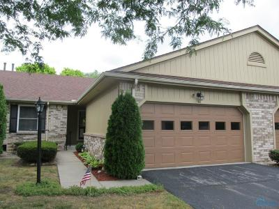 Maumee Condo/Townhouse For Sale: 42 Homestead Place #42