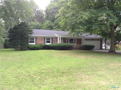 Sylvania Single Family Home Contingent: 5224 Lynnhaven Drive